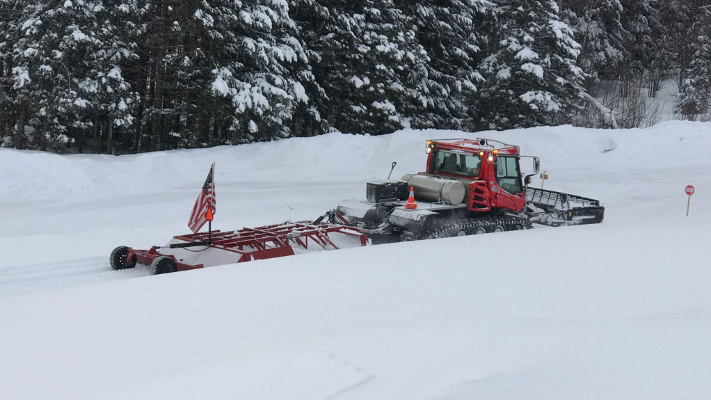 Country Cabin snow plow